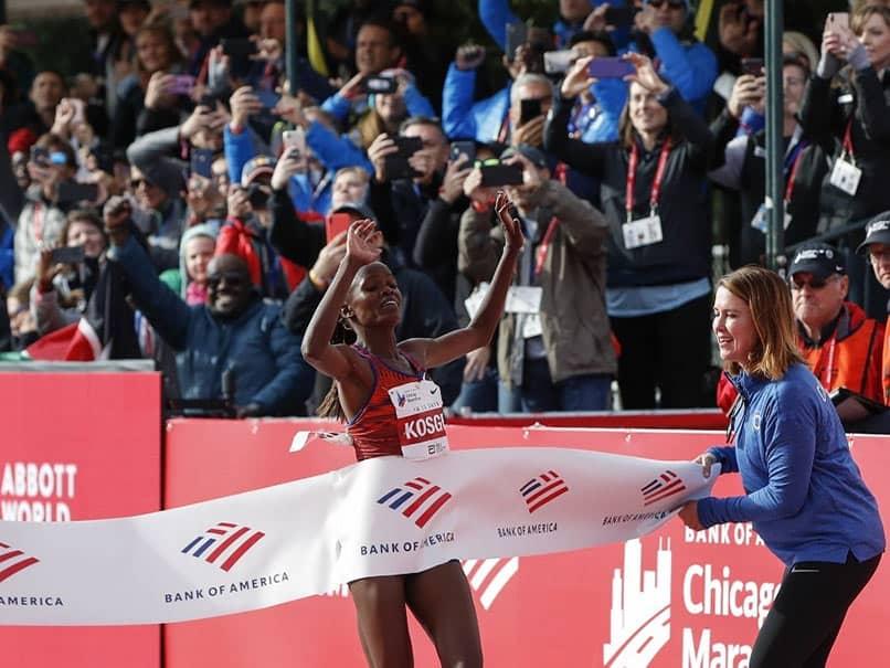 Kenyas Brigid Kosgei Shatters World Record In Chicago Marathon