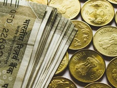 Rupee Ends Lower At 70.90 Against Dollar