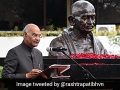 """""""Gift From India"""": President Unveils Mahatma Gandhi's Bust In Philippines"""
