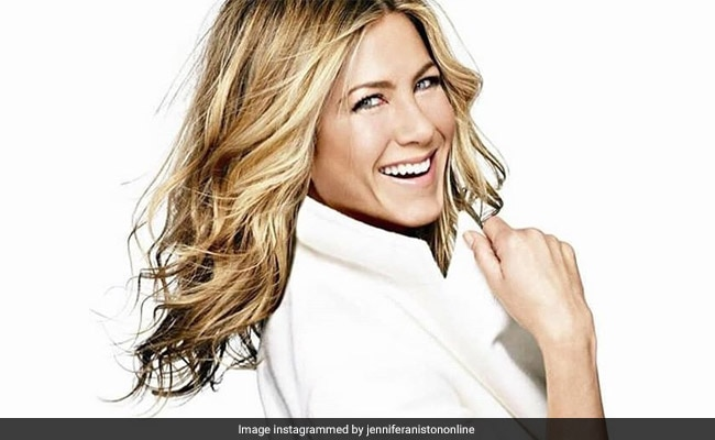 Jennifer Aniston posts snap of Friends cast reunion
