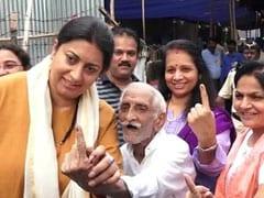 "Maharashtra Election 2019: ""If He Can Vote, What's Stopping You?"" Smriti Irani Introduces Khanna-<i>ji</i>"