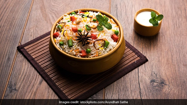 Best Veg Biryani Recipes 6 Scrumptious Vegetarian Biryani Recipes Ndtv Food