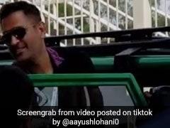 TikTok Top 5: জিপে চেপে ধোনি আসতেই শুরু হইচই