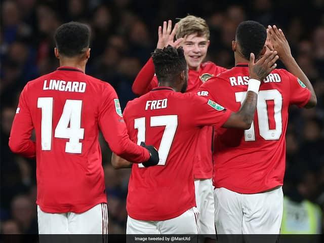 Rashford rocket sinks Chelsea to extend Manchester United's resurgence