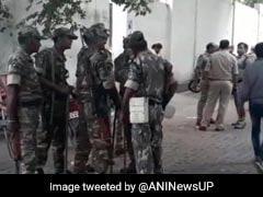 हिंदू समाज पार्टी के नेता कमलेश तिवारी की लखनऊ में दिनदहाड़े गोली मारकर हत्या