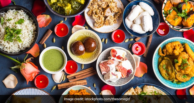 Chhoti Diwali 2020: Fully Prepared Menu For Chhoti Diwali Party With Recipes