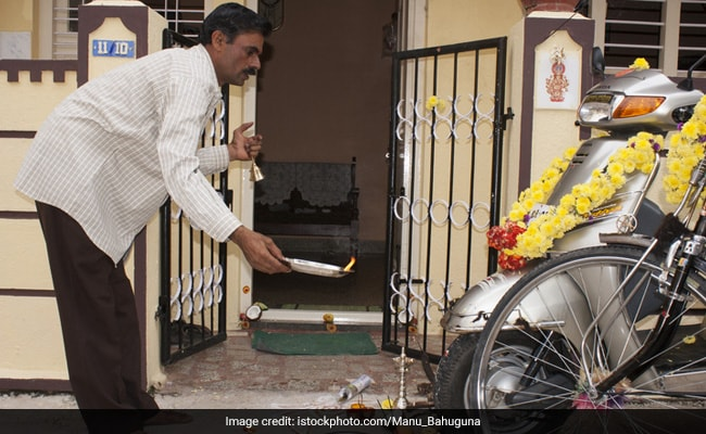 Ayudha Pooja: Instruments Worshipped On This Day. Leaders Extend Greetings