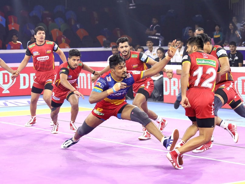 Pro Kabaddi 2019: Bengaluru Bulls, U Mumba Book Semifinal Spots
