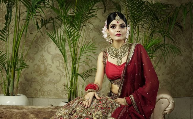 Karwa Chauth 2019: 10 Gorgeous Ethnic Outfits To Glam Up In