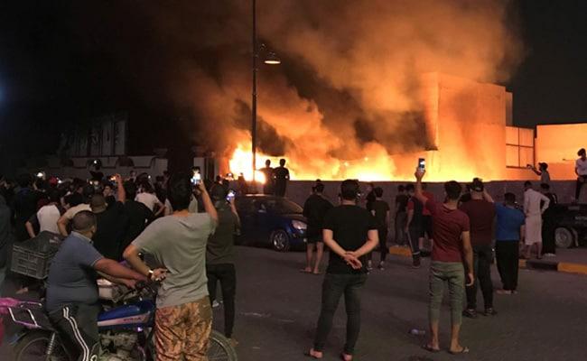 Iraq Protests: 93 Dead, Firebrand Cleric Demands Government's Resignation
