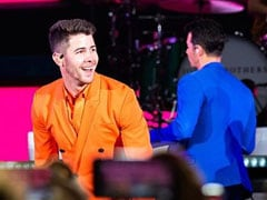 Fan Gropes Nick Jonas During Jonas Brothers Concert. 'That's Horrible,' Says Twitter