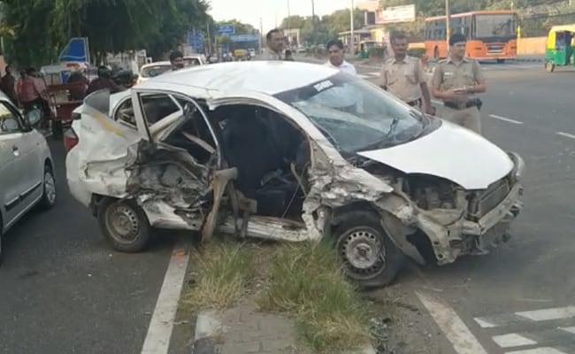 दिल्ली : सड़क हादसे में महिला की मौत दो व्यक्ति घायल