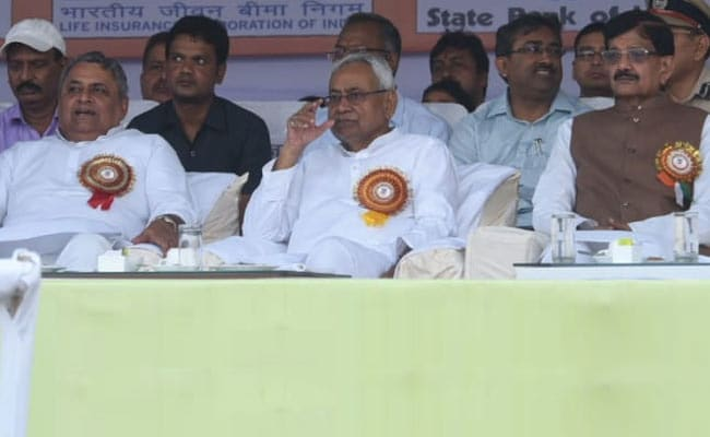Dussehra Function Exposes Rift Between BJP, Nitish Kumar