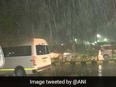 Heavy Rain Hits Delhi, Flight Operations, Traffic Affected