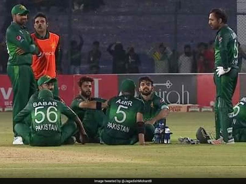 Pakistan Vs Sri Lanka Pakistan Cricket Board Trolled For