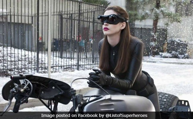 Ex-Catwoman Anne Hathaway Congratulates Zoe Kravitz: 'Enjoy The Ride, Selina'