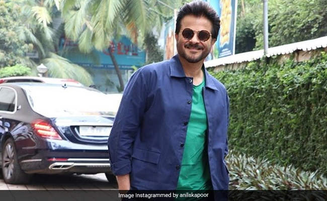 'Sorry Not Sorry,' Anil Kapoor Has 'No Bad Photo Angles.' Here's Proof