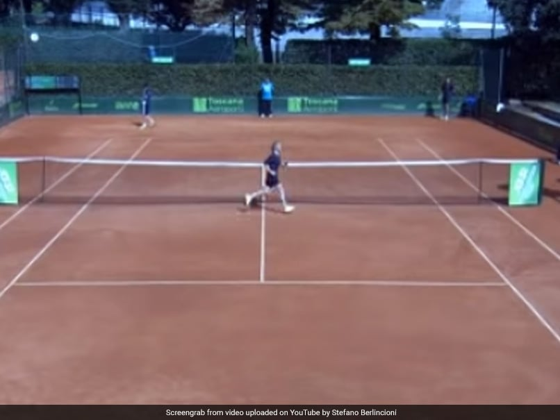"Tennis Umpire Banned For Calling Ball Girl ""Very Sexy"""