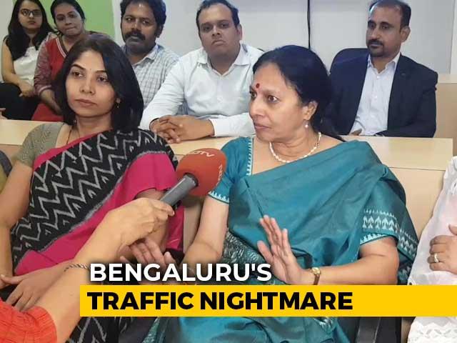 Video: Bengaluru Nightmare: Bad Roads, Heavy Traffic