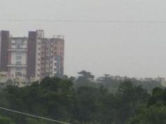 Kolkata Weather Update : বর্ষণমুখর রাজ্য,নিম্নচাপের জের চলছে টানা বৃষ্টি, কেমন কাটবে কালীপুজো?