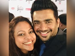 'We So Shamelessly Lean So Hard On You,' Reads R Madhavan's Birthday Wish For Wife Sarita