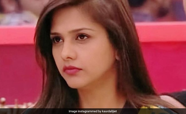 Bigg Boss 13: Dalljiet Kaur Says After Eviction, 'Didn't Fit In Fake Love And Friendship Thing'