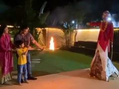 शिल्पा शेट्टी के पति बेटे संग 'रावण' पर चला रहे थे तीर, तभी हुआ कुछ ऐसा- देखें वायरल Video