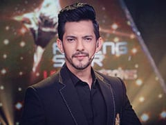 What <I>Indian Idol 11</I> Host Aditya Narayan Said After A Contestant Forcibly Kissed Neha Kakkar On The Show