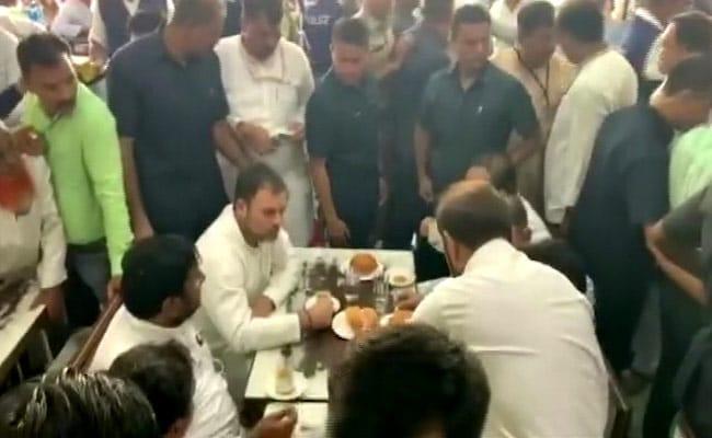 Rahul Gandhi, In Gujarat For Case Hearing, Meets Hardik Patel Over Lunch