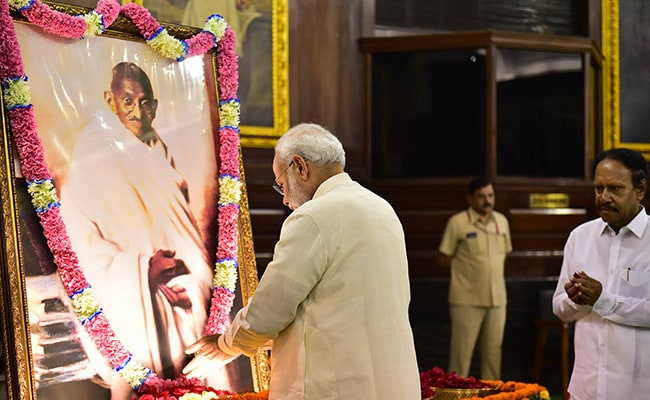PM's 'Einstein Challenge' In Tribute To Gandhi In New York Times Op-Ed