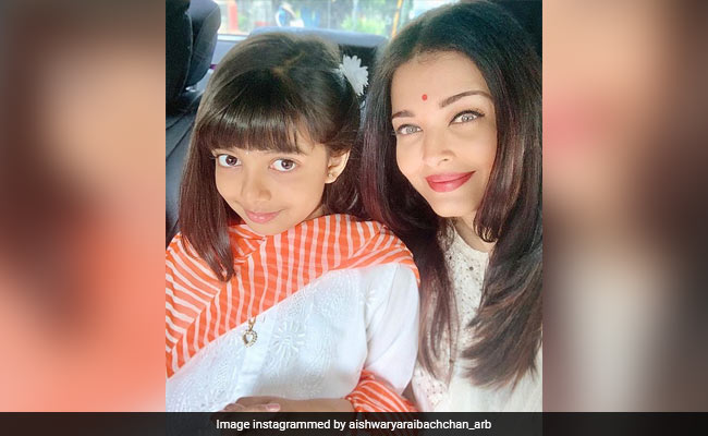 Dussehra 2019: Aishwarya Rai Bachchan And Aaradhya Are Picture Perfect In White