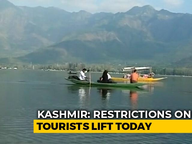 Video : Jammu And Kashmir Reopens To Tourists Two Months After Travel Advisory