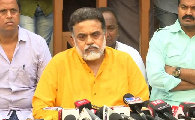 'Disastrous Move...': Sanjay Nirupam Warns Congress-NCP About Sena Tie-Up