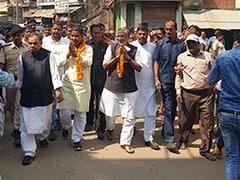 बिहार में उप चुनाव के लिए प्रचार ने जोर पकड़ा, सुशील मोदी ने किया जनसंपर्क