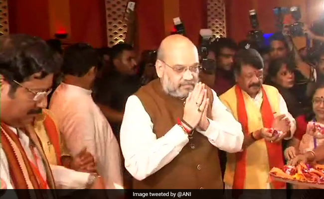 Trinamool Stifling People's Right To Celebrate Pujas, Alleges Amit Shah