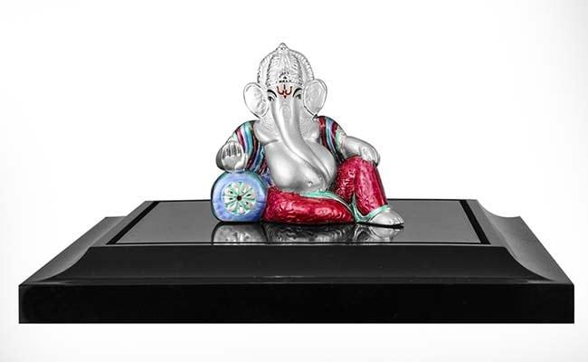 Dhanteras 2019: Tips to Buy Laxmi, Ganesh <i>Murti</i> (Idol) Online