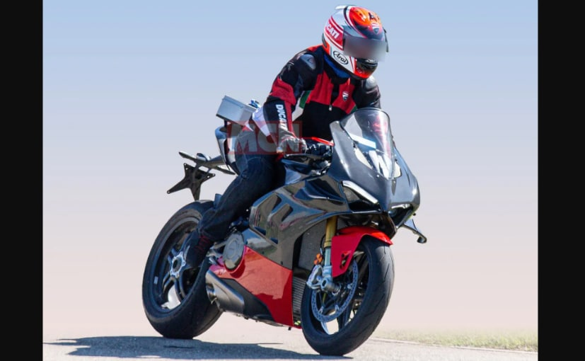 The upcoming Ducati Panigale V4 Superleggera has been spotted earlier on test