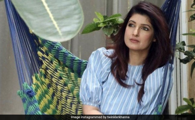 When Twinkle Khanna Went Green, Sorry, 'Buttery Yellow' With Food Envy