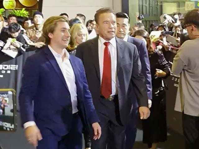 Video : Black Carpet Action Of Arnold Schwarzenegger's <i>Terminator: Dark Fate</i>