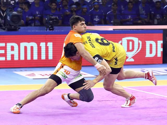 Pro Kabaddi: Telugu Titans Go Down Fighting Against Puneri Paltan