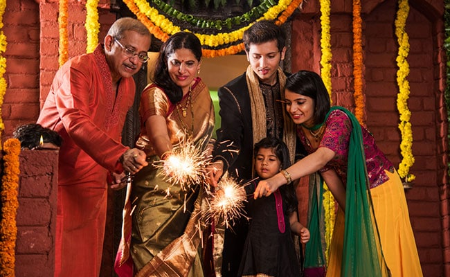 Diwali 2019: Stay Safe This Diwali; A Comprehensive Guide To Dealing With Burn Injuries