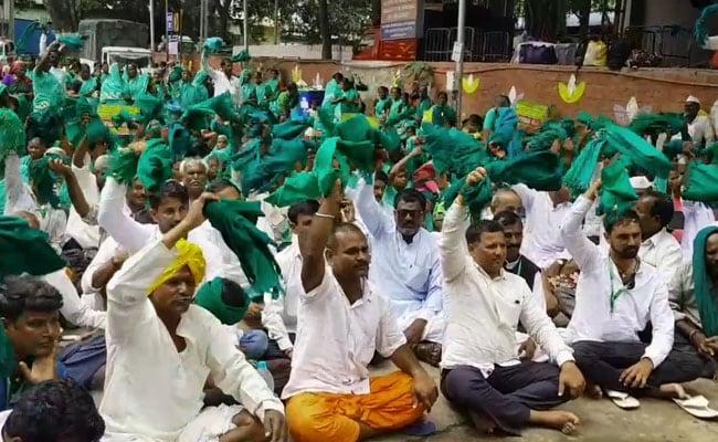 Karnataka Farmers Protest In Bengaluru Over Kalasa Banduri Water Project