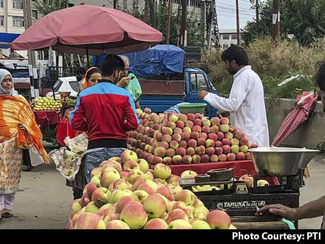 Video : Why Apple Growers In Kashmir Still Use Road Route Despite Terror Threat