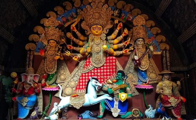 UK Soaks In Durga Puja Fervour, Pandal Set Up in Berkshire County