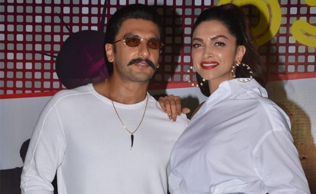 Ranveer Singh And Deepika Padukone Dance Like No One's Watching At '83 Wrap Party