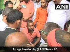 कमलेश तिवारी के बेटे को योगी सरकार ने दिए सुरक्षा के लिए हथियार, सरकारी नौकरी और घर देने का भी किया वादा