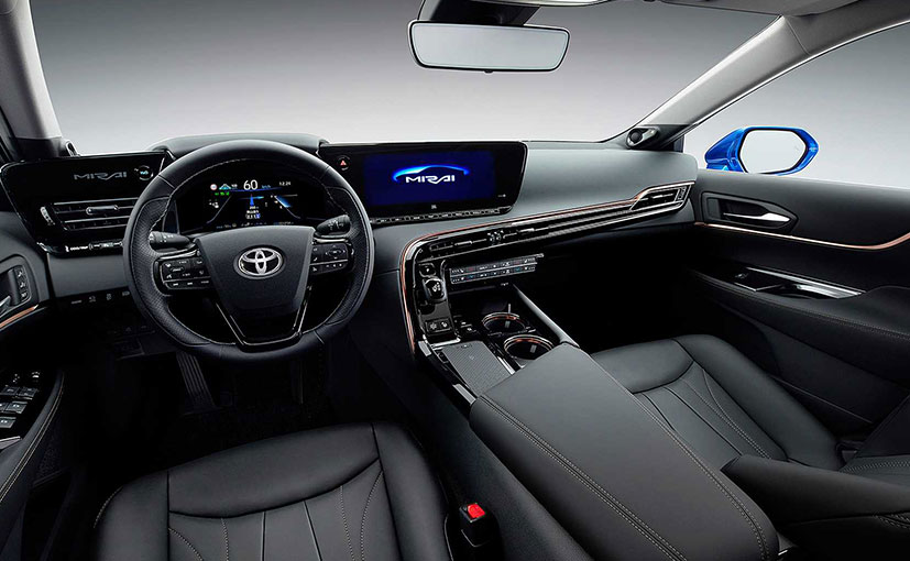 Toyota unveils new version of fuel-cell vehicle