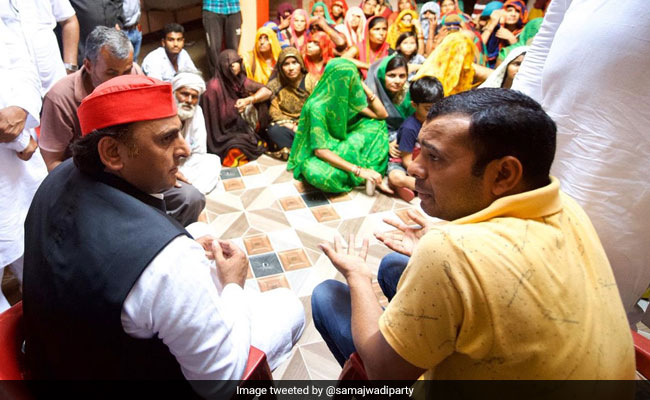 Akhilesh Visits Family Of Youth Killed In Encounter, Slams UP Government
