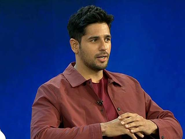 Video : Actor Sidharth Malhotra Says People Spending Too Much Time Looking At Screen