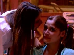 <i>Bigg Boss 13</i>: The Internet Slams Shefali Bagga's 'Shameless' Personal Attack On Aarti Singh
